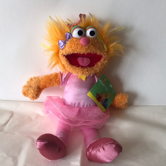 Sesame Place Zoe 10 Plush